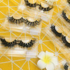 Dramatic 20MM mink eyelashes Dramatic 20MM mink eyelashes 戏剧性的20毫米水貂睫毛 Mink eyelashes dramatic 20MM